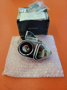 Harley-Davidson Right Hand Side Front Caliper Cover Chrome *Never Installed*