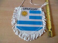 (B38) PETIT FANION DE FOOTBALL    URUGUAY