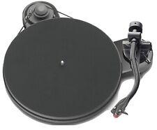 Pro-Ject RPM 1.3 Genie hochglanz weiss Plattenspieler inkl. Ortofon 2M Red