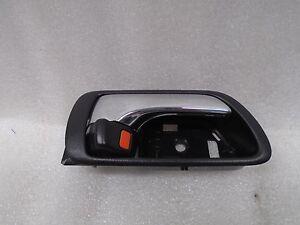 02-06 Toyota Camry Interior Door Handle Front Right Passenger Side OEM DK706319