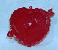 Amscan Vintage Plastic Cookie Cutter - Ruffled Heart Arrow Valentine Wedding
