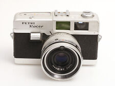 Petri Racer Kleinbildkamera mit 2,8/45 mm Objektiv