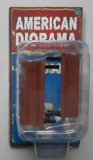 """BROWN PARK BENCH AMERICAN DIORAMA 1:24 2.75"""" Accessory"""