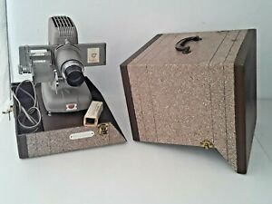 WORKING Bell & Howell TDC Selectron Semimatic Deluxe Model D 100 Slide Projector