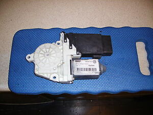 vw mk4 golf and gti  01 left front window motor,relay.