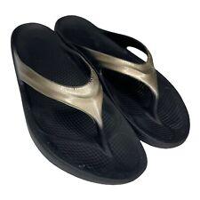 OOFOS Flip Flop Sandals Womens Size 9 Metallic Gold