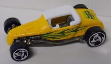 2000 Hot Wheels Hot Rod Magazine Track T #006-Yellow Paint-Wayne's Body Shop
