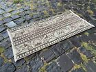 TRADITIONAL VINTAGE TURKISH RUG IS MADE OF 100% WOOL AND HANDMADE | 1,2 x 2,7 ft