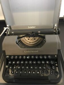 Vintage 1950's Underwood Leader Portable Typewriter with Case & Manual Excellent