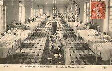CARTE POSTALE PARIS HOPITAL LARIBOISIERE UNE SALLE DE MEDECINE FEMMES