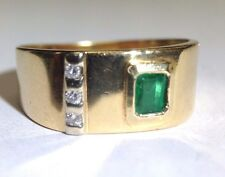 Elegant 18K Yellow Gold Colombian Emerald and Diamond Men's Ring Size 11