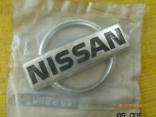 Original Nissan Primera P10 Emblem Heckklappe  84890-90J00