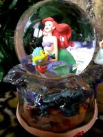 LITTLE MERMAID, FLOUNDER, SEBASTIAN,SCUTTLE DISNEY MUSICAL SNOW GLOBE, NEW w/Tag