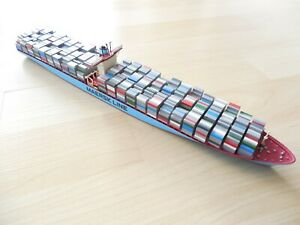 Modell Containerschiff Emma Maersk 1:1250 Top Zustand