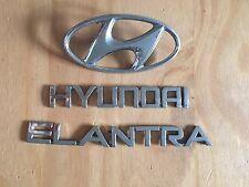 HYUNDAI ELANTRA rear badge logo emblem SET (D2)