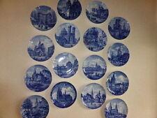 Zeitgenössische Keramik-Antiquitäten & -Kunst mit Teller-Funktion