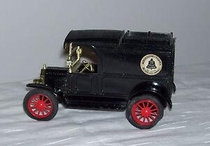 ERTL American Telephone & Telegraph AT&T 1913 Ford Model T Van Truck Coin Bank