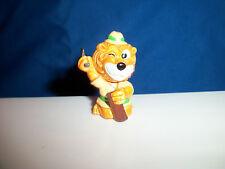 CHOPPING WOOD AXE AX HATCHET Mini Figurine CARTOON LION SAFARI Kinder Surprise