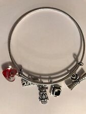 GRADUATION SILVER PLATED BANGLE BRACELET wise Owl, Mortarboard & Scroll Gift Bag
