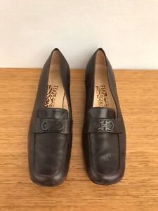 🐝 Womens Salvatore Ferragamo Leather Loafers Slip On Shoes Solid Brown Size 7.5