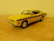 Yat Ming Road Signature '69 Yellow Plymouth Barracuda 1/18 scale