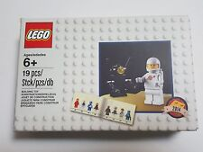 Lego 5002812 Space White Classic Spaceman Minifigure MISB Free Airmail Shipping
