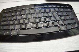 Microsoft Arc Keyboard Model 1392 UK layout qwerty (tested, working) ENGLISH