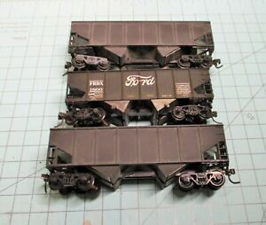 HO scale hoppers, (3), Athearn, 1-Ford Motor Co., 2-undecorated. weathered.