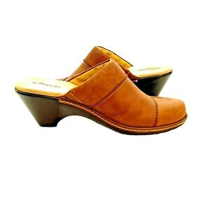 Soft Spots Womens Brown Leather Clogs Heels Shoes Size 8.5M