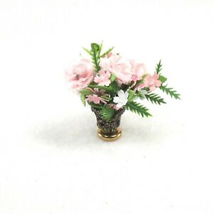 WMH Dollhouse Miniature Flower Arrangement With Handcrafted Flowers - Pink