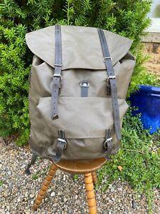 Swiss Army Backpack Rucksack Waterproof Rubberised Vintage 1987 Black leather