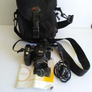 Kodak EasyShare Z812 IS 8.1MP 12x Zoom Digital Camera Schneider Kreuznach Case