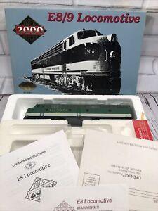 Life Like Proto 2000 HO Southern E8/9 Diesel Locomotive #2924 - NEW