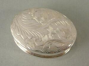 Fine Modern Sterling Silver OVAL SNUFF BOX London c2000 - Engraved Lid #2