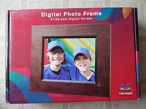 "ViewSonic DPX802 8"" TFT Digital Pict Frame-Model:VS12075-256 MB Internal Memory"