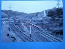 PHOTO  DUNFORD BRIDGE RAILWAY STATION  1970'S VIEW OF THE STATION BETWEEN GUIDE