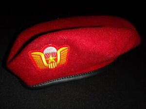 Vietnam War US Army Advisor To ARVN Airborne Parachute NHAY DU Red Wool Beret