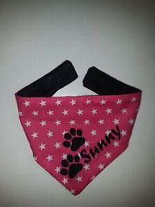 Hundehalstuch mit Wunschnamen  und Pfoten  S * Halsumfang 35 - 40 cm