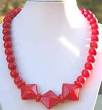"""Vintage Bright Classic Red Beaded 19"""" necklace"""