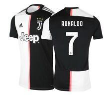 Ronaldo n°7 Juventus -Patchs - T 10/12 Ans / 145 cm environ short + chaussettes