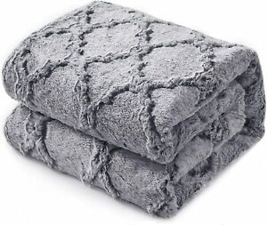 KAWAHOME Faux Fur Blanket Winter Super Soft Cozy Warm Fluffy Plush Blanket Quatr