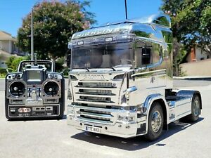 "Tamiya 1/14 R/C ""Chrome Metallic Scania"" Toy Truck Futaba Remote Transmitter ESC"