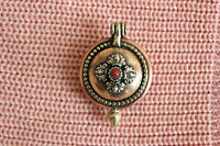 PN564 Vintage Tibetan Copper Lucky Knot  Dorje 37mm Round Prayer Box Gau Pendant
