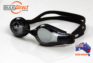 2 X Swimming Goggles Anti-fog Anti-UV comfortable wearing with Protection Case