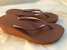 Havaianas Women's High Fashion Flip Flop Wedge Sandal, Bronze Nude, 8 M US