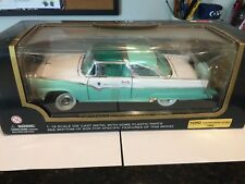 COLLECTION TIMELESS CLASSICS 1955 FORD FAIRLANE MINT IN THE BOX