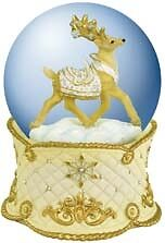 Reindeer Connection White Christmas Musical Waterglobe Plays 'Silent Night' Retd