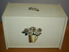 VINTAGE WOOD COUNTRY KITCHEN BREAD BOX WITH FLORAL DAISY DECALS; COTTAGE CHIC