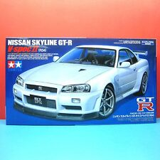 Tamiya 1/24 Nissan Skyline GT-R R34 V-spec II with Nismo wheels model kit #24258
