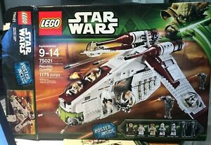Lego Star Wars 75021 Republic Gunship - Missing only a few pieces. See descrip.